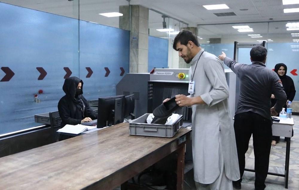 Taliban'dan kadın personele çağrı: Dönüş başladı - 10
