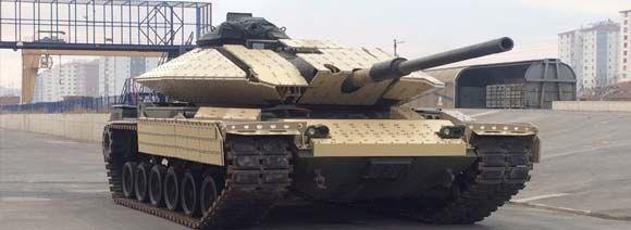 <p>Türkiye'nin roket ve füze alanındaki lider şirketi ROKETSAN ise, tank mühimmatı Tanok'u ilk kez 14'üncü Uluslararası Savunma Sanayii Fuarı'nda (IDEF'19) sergiliyor.</p> <p>120 milimetre Lazer Güdümlü Füze Tanok, tanklar ve diğer yüksek kalibre namlulu silahlarda kullanılan geleneksel topçu mühimmatlarına alternatif olacak, yenilikçi bir seçenek olarak geliştirildi.</p>