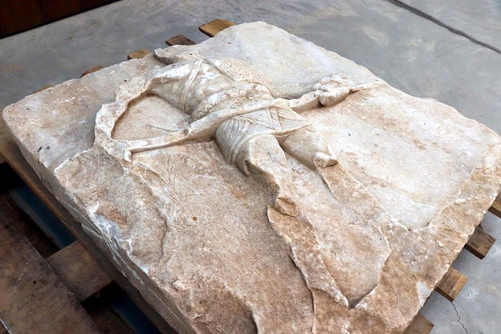 2 bin yıllık gladyatör rölyefinin sırrı çözüldü - 3