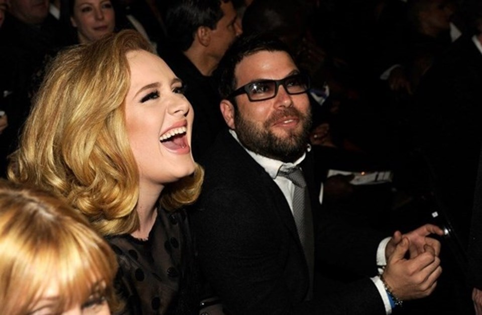 31 yaşındaki Adele geçtiğimiz yıl Simon Konecki'den boşanmıştı.