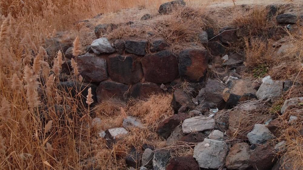 Van Gölü çekilince Urartular dönemine ait liman kalıntıları ortaya çıktı - 3