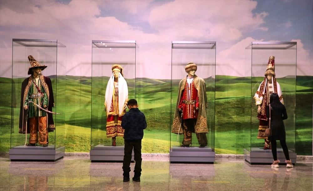 200 bine yakın tarihi eser Kazakistan Milli Müzesi'nde - 7