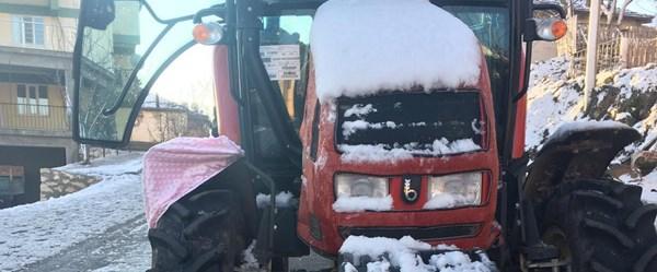 Traktörün çarptığı işitme engelli öldü