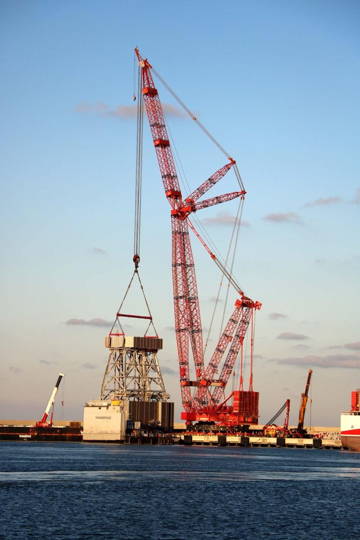 Kanuni sondaj gemisinin kule montaj çalışmaları başladı - 7