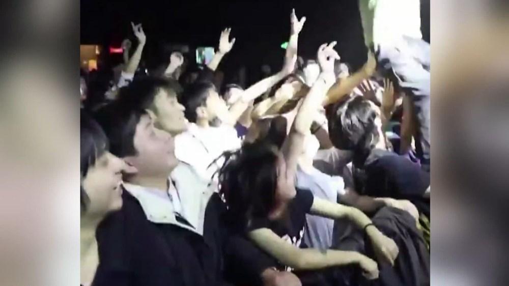 Wuhan'da gece hayatı: Partilere tepki yağıyor - 5