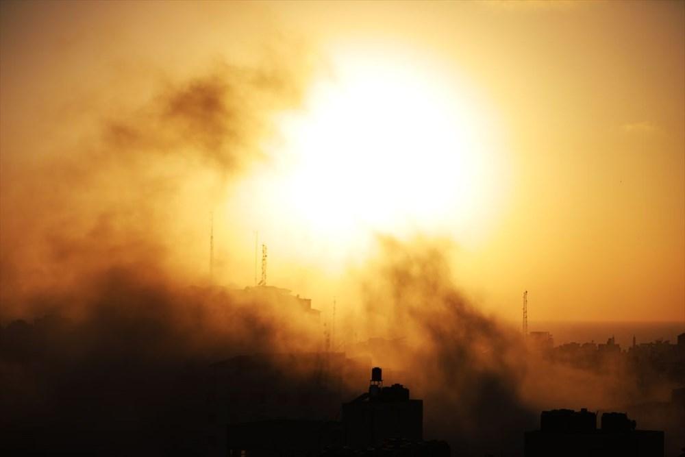 İsrail, Gazze'de sivillerin bulunduğu 14 katlı binayı vurdu - 4