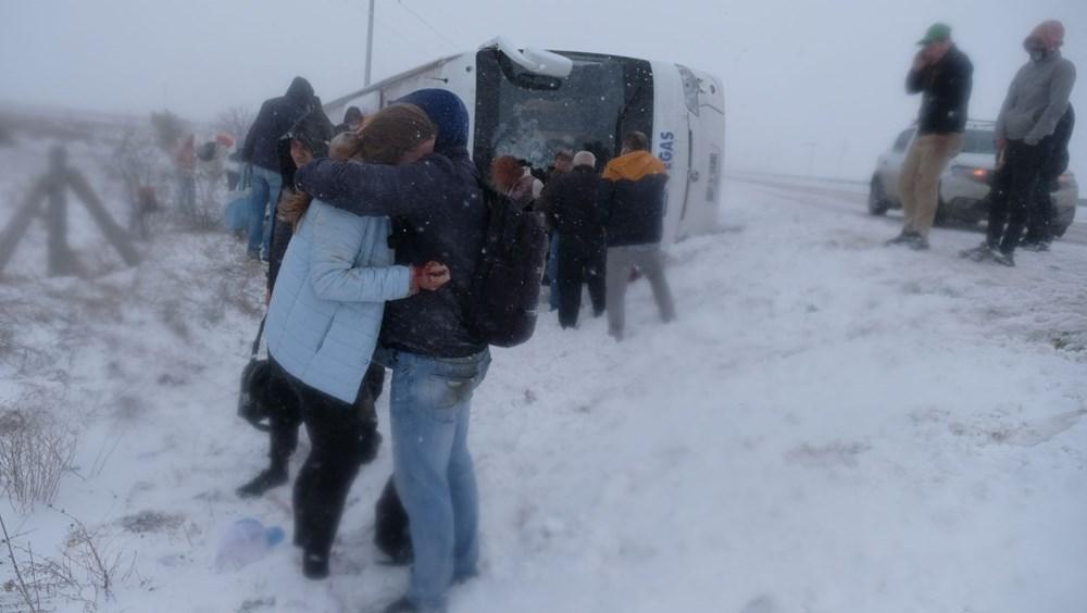Konya'da 2 tur otobüsü devrildi: 1 Rus turist öldü, çok sayıda yaralı - 14
