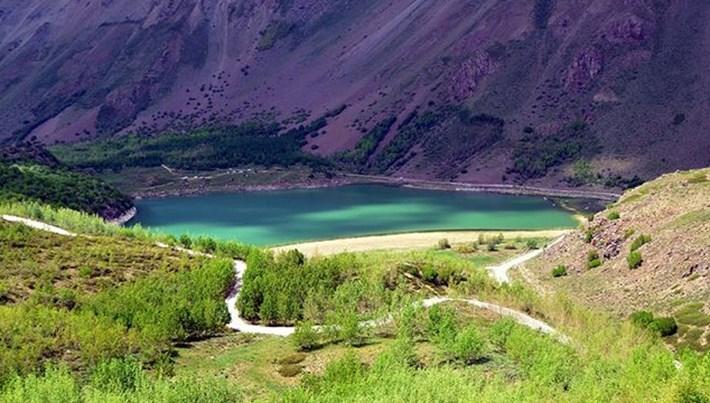 2 bin 800 rakımlı Nemrut Krater Gölü'ne kamp kurdular