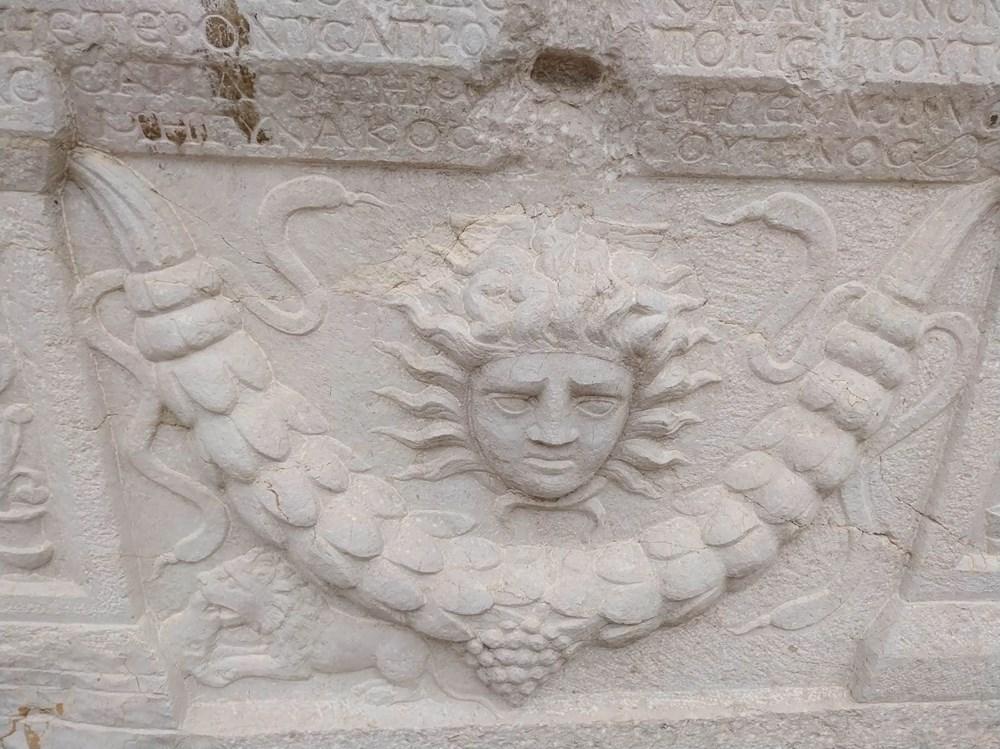 Medusa kabartmalı lahitteki 'beddua'nın sırrı - 2
