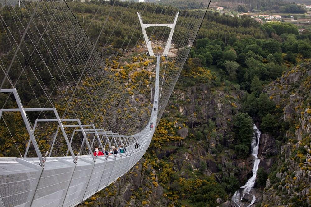 Yayalara özel en uzun asma köprü açıldı - 15