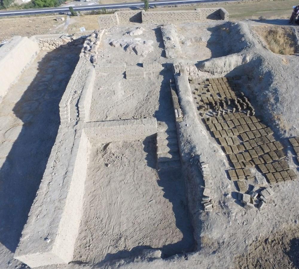 Urartular'a ait 2 bin 750 yıllık tahıl ambarları koruma altına alınıyor - 9