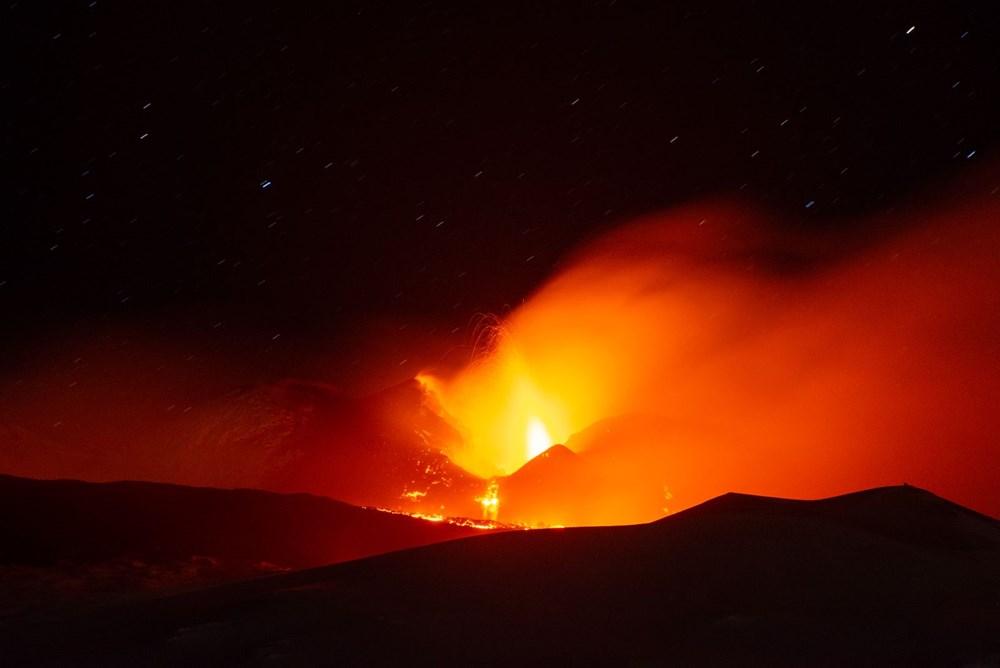 Etna Yanardağı yeniden faaliyete geçti - 4