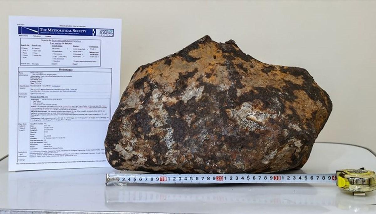 Türkiye'nin 3. büyük meteoriti olarak kayıtlara geçti: 81 kilo ağırlığında