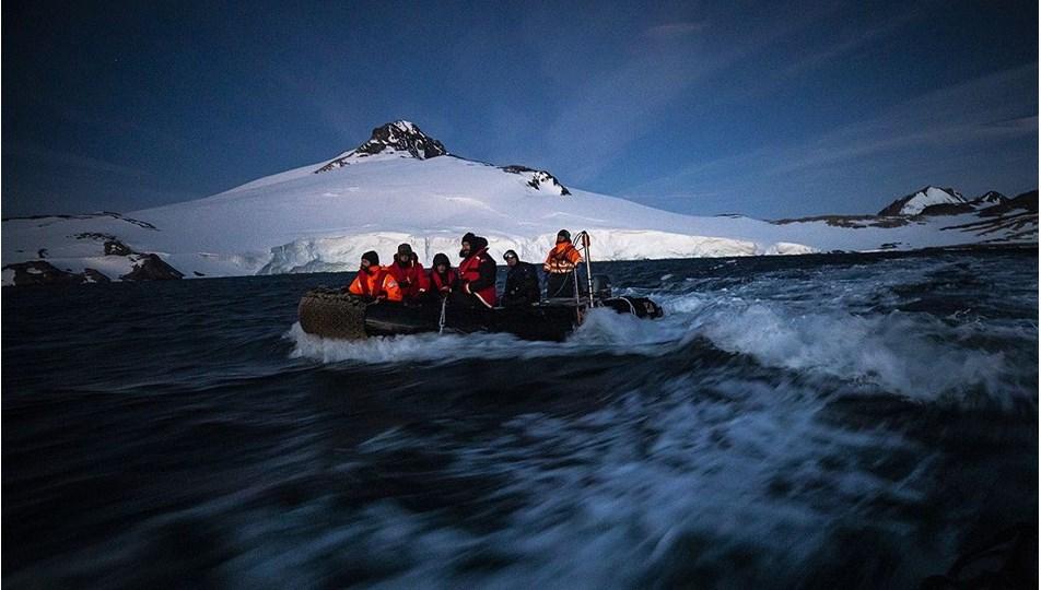 antarktika-aa.jpg