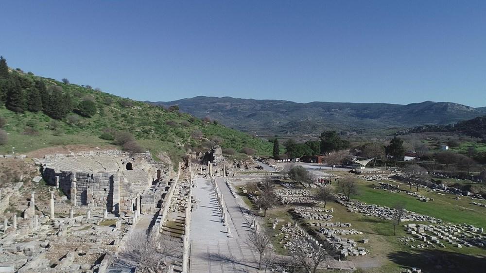 Efes Antik Kenti, pandemi döneminde de güvenli turizmin adresi oldu - 12