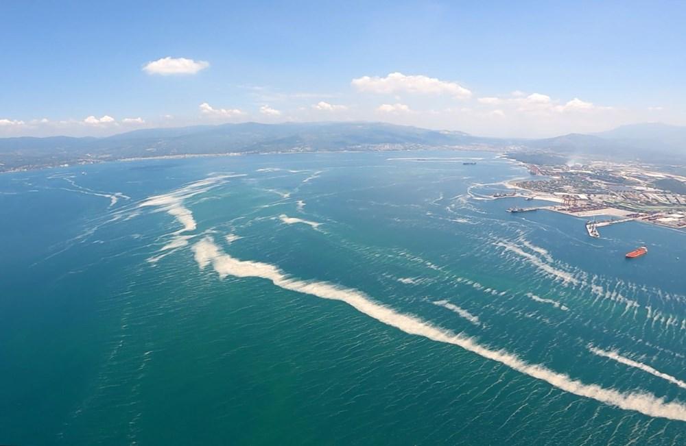 Müsilaj havadan görüntülendi: Deniz salyası her yerde - 5