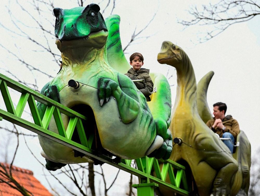 Hollanda'da eğlence parkları yeniden açıldı - 5
