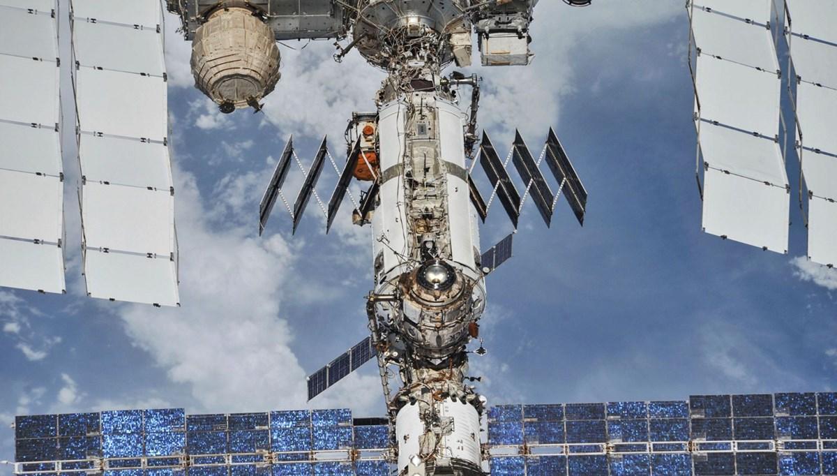 Rus kozmonotlar Uluslararası Uzay İstasyonu'nda yeni çatlaklar keşfetti