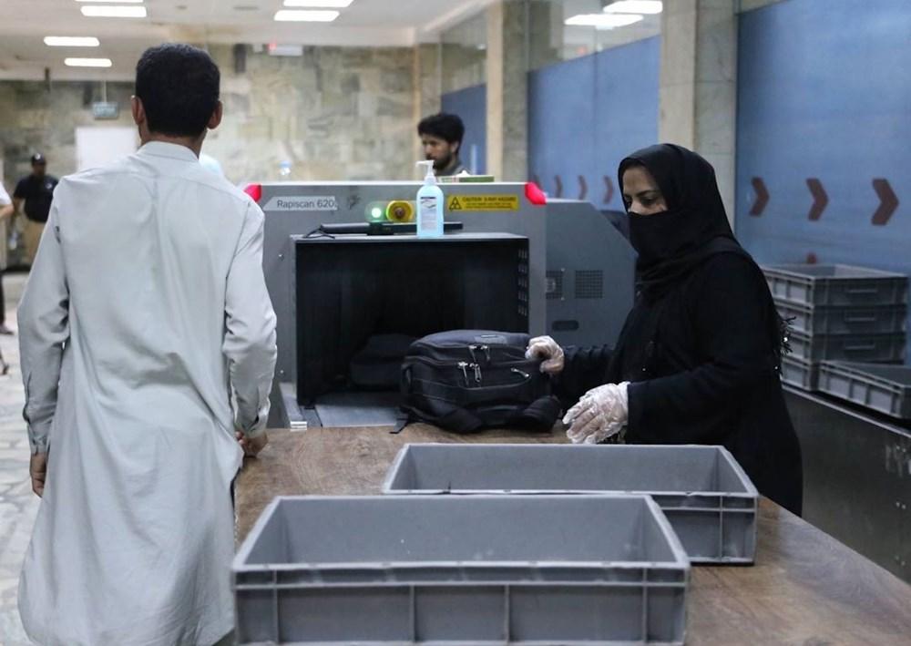 Taliban'dan kadın personele çağrı: Dönüş başladı - 11