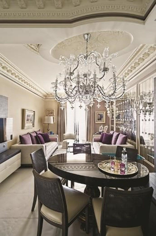 Can'ın, Fransa'daki evi klasik Fransız mimarisinin 1950'lerde yapılmış örneği.