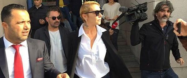 Ahmet Kural'dan şiddet gördüğünü iddia eden Sıla'ya ünlülerden destek