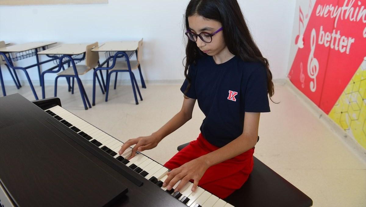 Şanlıurfa'da 11 yaşındaki Defne Ekmekçi'ye uluslararası piyano yarışmasında birincilik