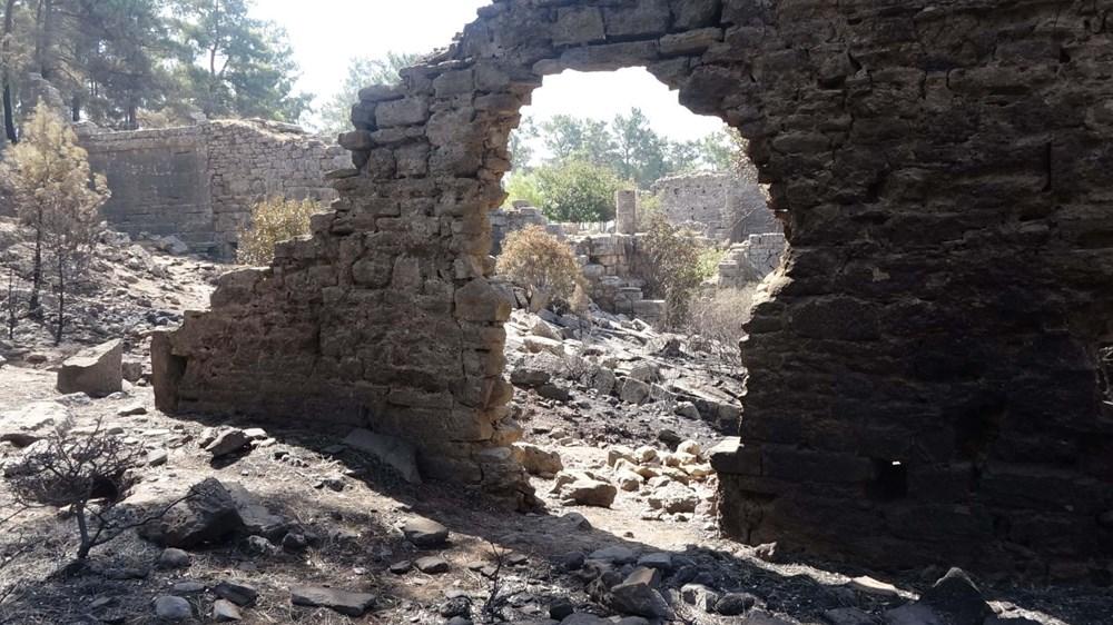 Yangın Lyrbe'yi de vurdu: Antik kent küle döndü - 3