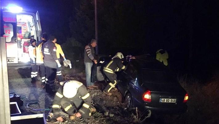 Muğla'da otomobil şarampole devrildi: 2 ölü, 3 yaralı