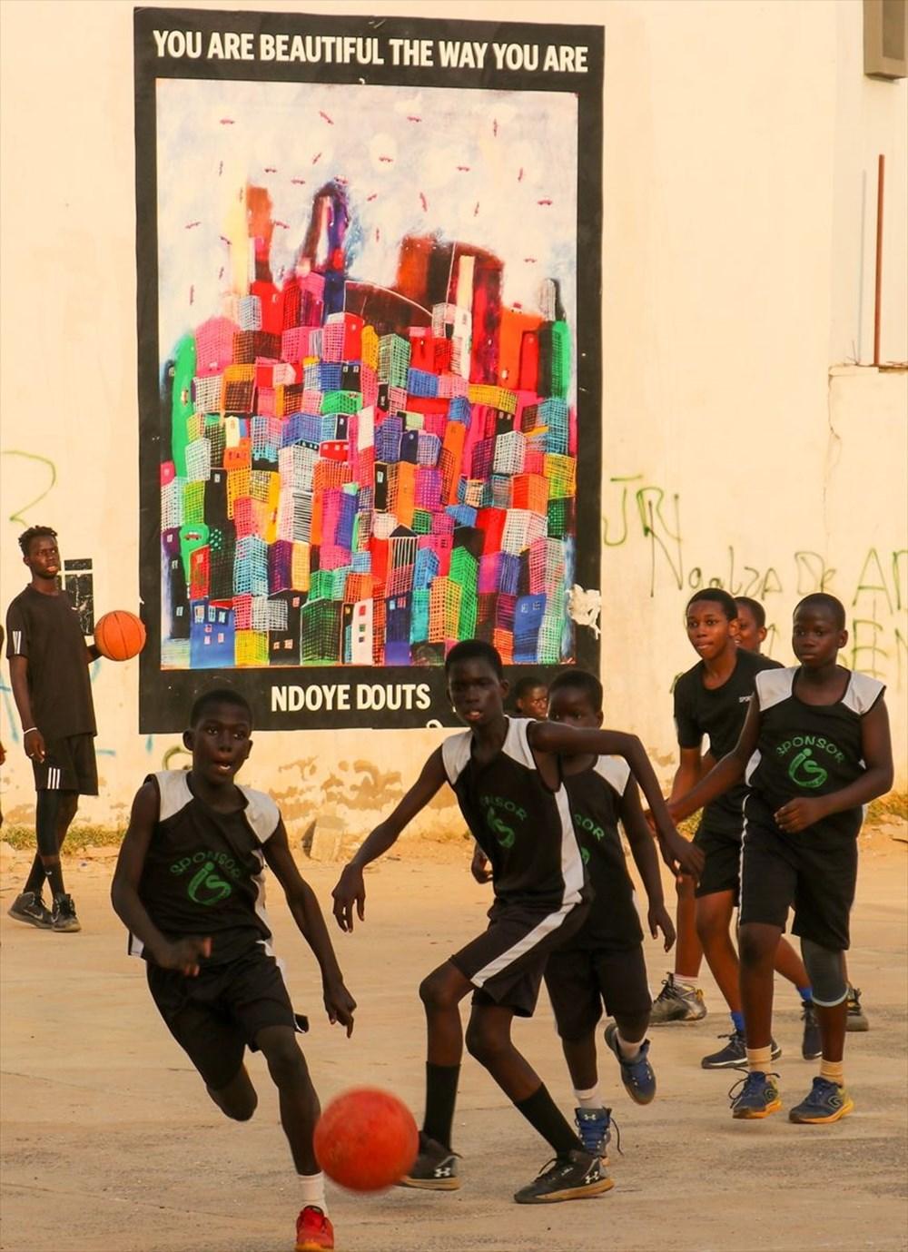 Afrikalı sanatçılar, Olduğun gibi güzelsin isimli çağdaş sanat projesinde birleşti - 9