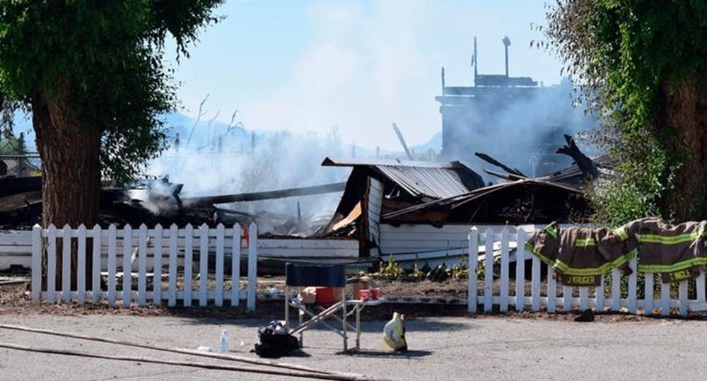 Kanada'da Katolik kiliseleri ateşe veriliyor - 3
