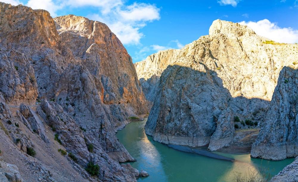 Erzincan'da yürekleri ağza getiren 'Taş Yolu': 132 yılda yapıldı - 5