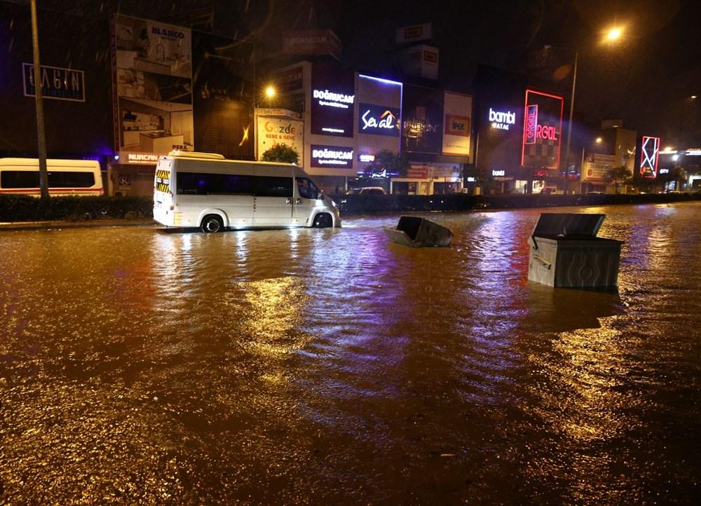 İzmir'de sağanak etkili oldu - 12