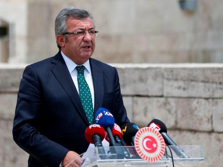 CHP'den, Bahçeli'nin Mümtazer Türköne açıklamasına tepki