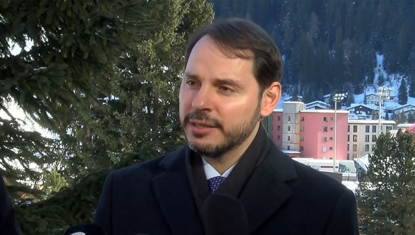 Bakan Albayrak Davos'ta konuşuyor
