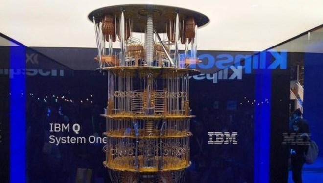 IBM 109 yıllık şirketini bölüyor