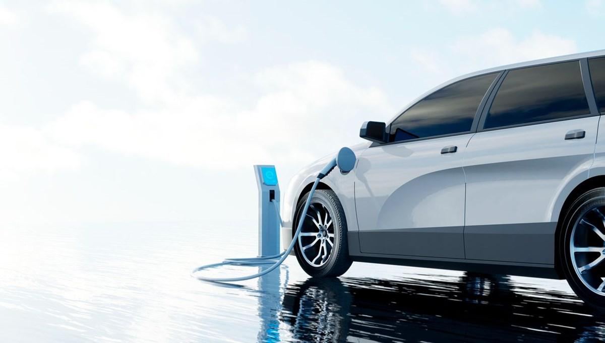 Renault ve Volvo'nun sahibi Geely hibrit işbirliğine gidiyor