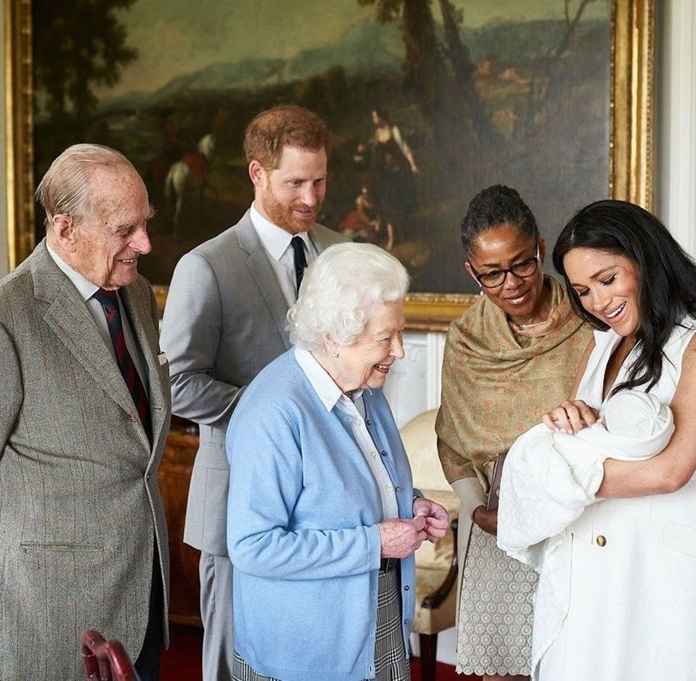 Prens Harry ve Meghan Markle'ın ikinci bebekleri dünyaya geldi - 4