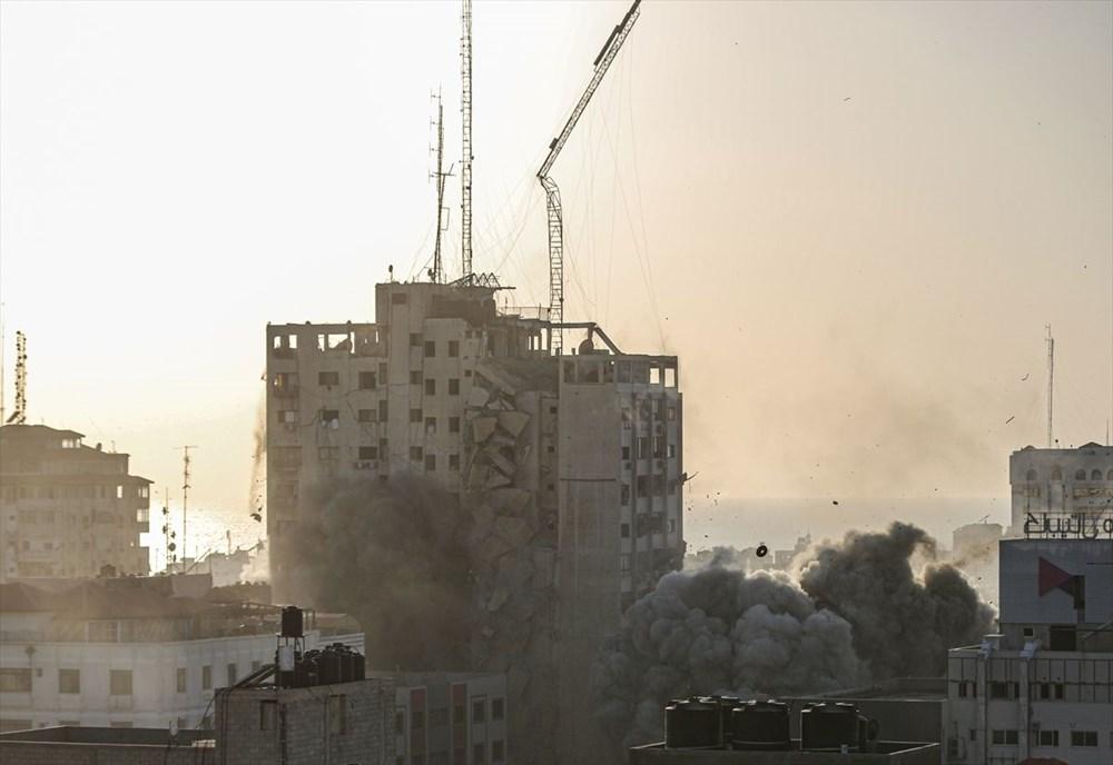 İsrail, Gazze'de sivillerin bulunduğu 14 katlı binayı vurdu - 16