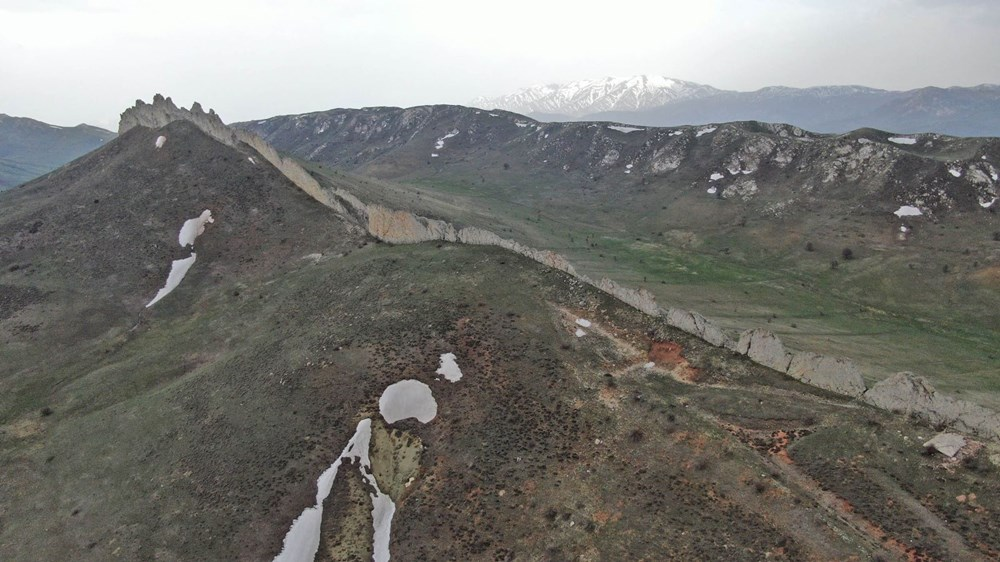 This is Sivas, not China!  It is called the 'Natural Great Wall of China' - 4
