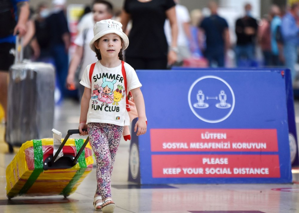 Kapılar açıldı, Ruslar akın akın geliyorlar! Rusya'dan hava trafiği yüzde 45 arttı - 28