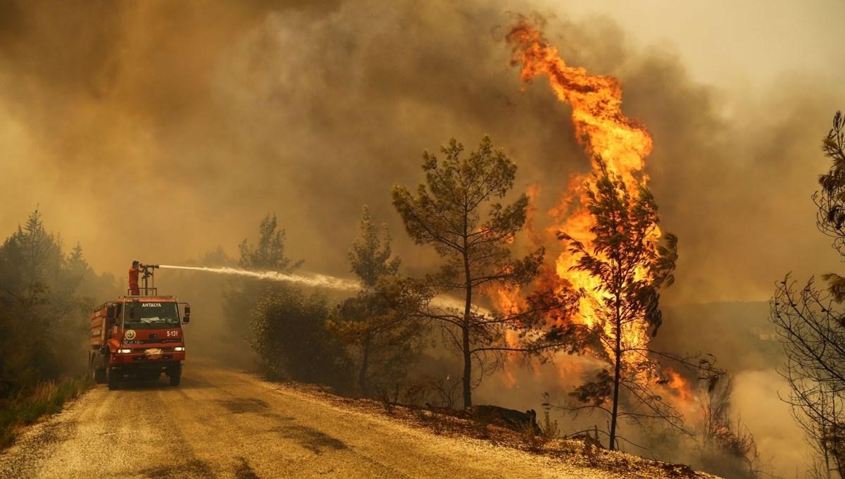 Günlerdir çalışıyorlar: Orman işçilerinin alevlerle savaşı