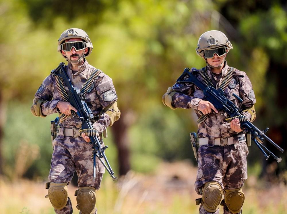 Özel Harekat'tan 35 derece sıcakta zorlu eğitim: Yerli silah 'Çılgın kız' dikkat çekti - 21