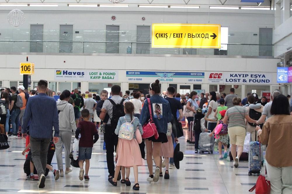 Kapılar açıldı, Ruslar akın akın geliyorlar! Rusya'dan hava trafiği yüzde 45 arttı - 25
