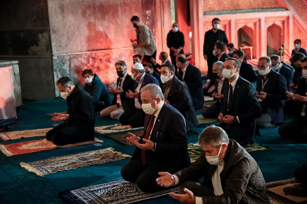Ayasofya'da 87 yıl sonra ilk Ramazan Bayramı namazı kılındı - 19