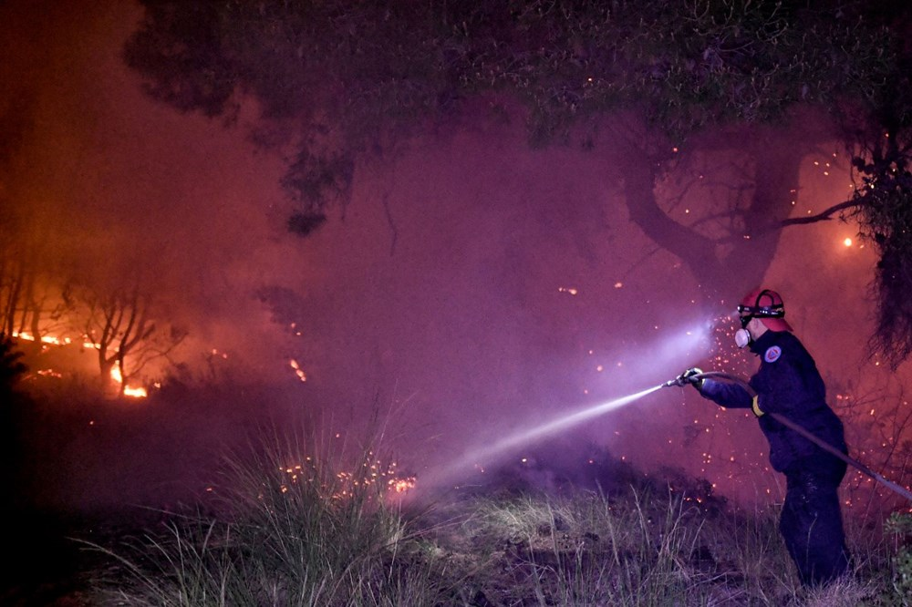 Forest fires in Greece: extinguishing work continues - 7
