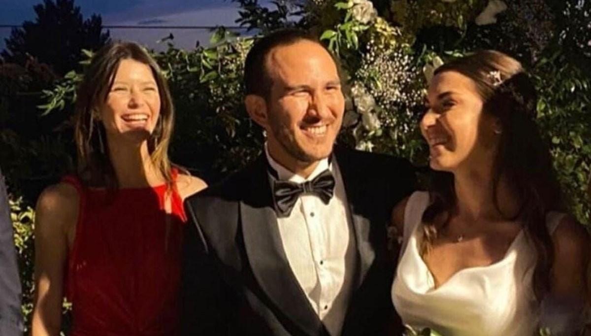 Beren Saat'in eski sevgilisi Efe Güray'ın kardeşi evlendi: Saat ve Kenan Doğulu davetliler arasındaydı