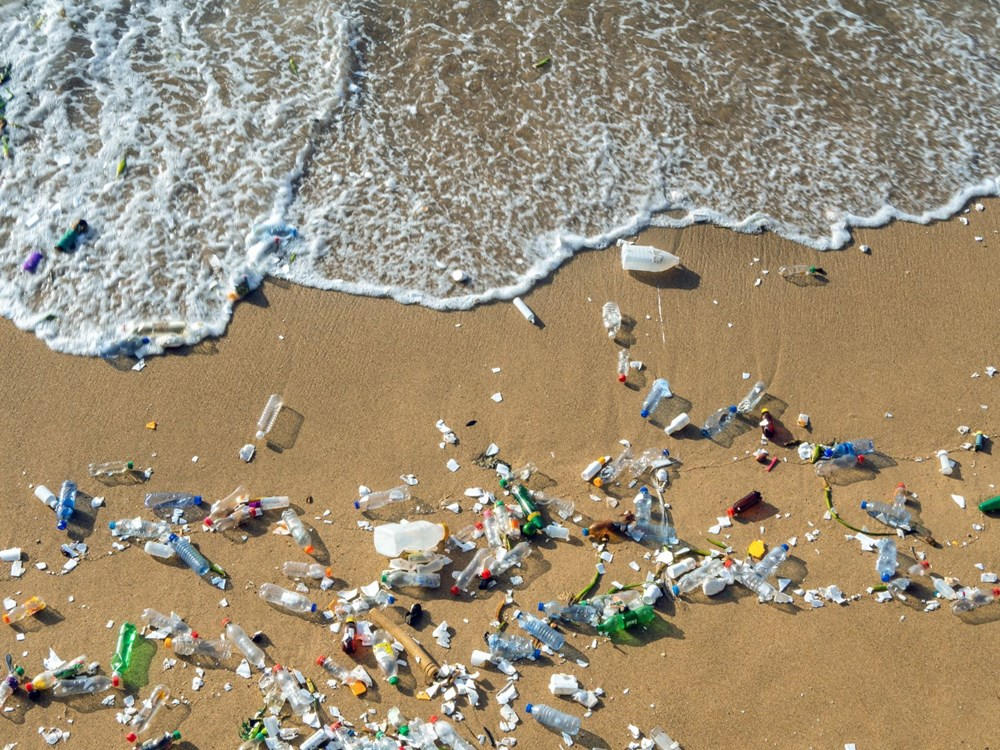 Gıda ambalajları, deniz ve okyanuslardaki plastik kirliliğinin yüzde 75'ini oluşturuyor - 1