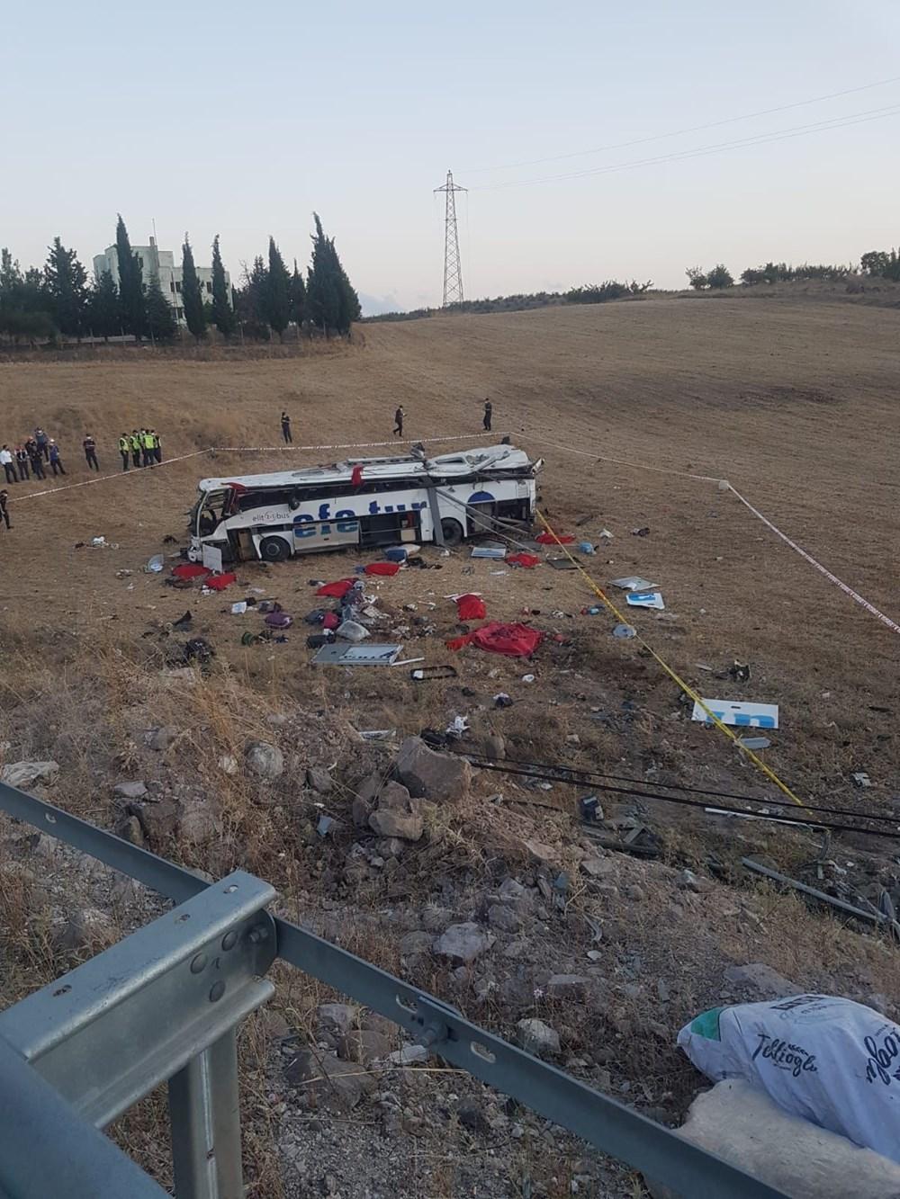 Balıkesir'de yolcu otobüsü devrildi: 14 kişi hayatını kaybetti - 7