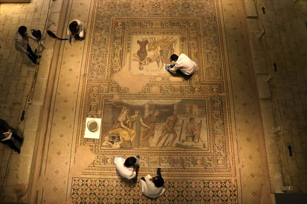 Zeugma Mozaik Müzesi'ndeki eserler, cerrah hassasiyetiyle temizlenerek geleceğe aktarılıyor - 5