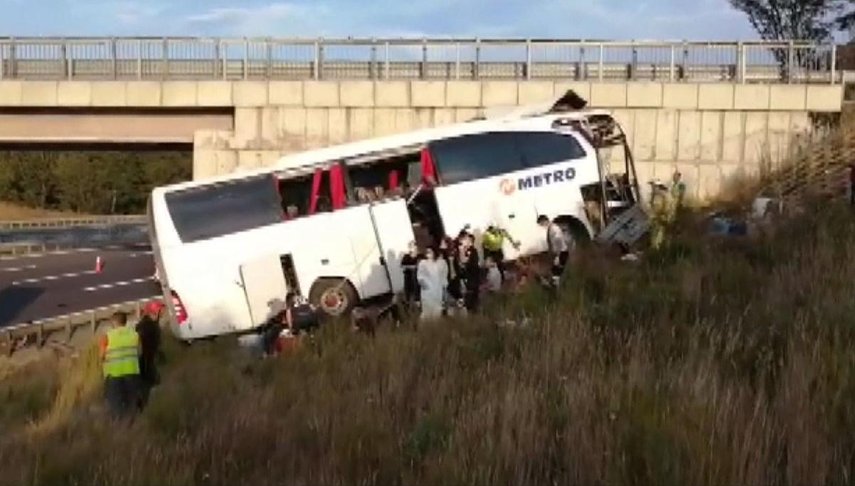 SON DAKİKA HABERİ:Sarıyer'de Kuzey Marmara Otoyolu'nda otobüs yoldan çıktı